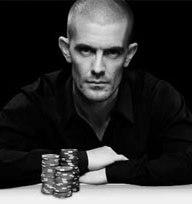 Full Tilt Poker реанимирует команду профессионалов.