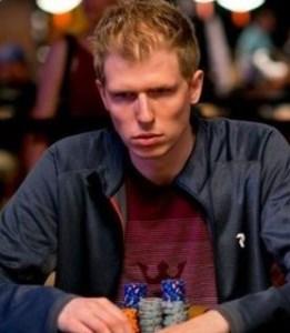 Норвежский профессионал приглашает любого политика сразиться с ним один на один, чтобы доказать, что покер - интеллектуальная игра
