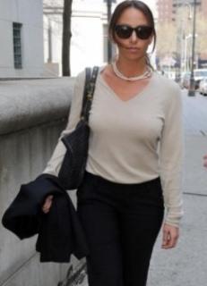 Принцессу Покера - Молли Блум признали виновной и оштрафовали за организацию нелегальных игр