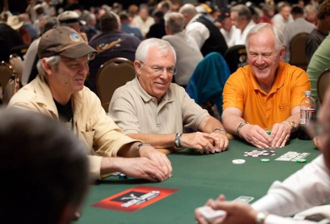 Нолан Далла: Помогает ли покер предотвратить болезнь Альцгеймера?
