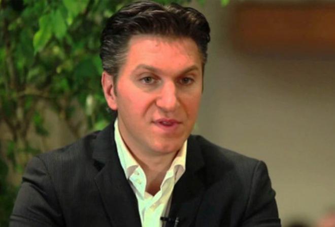 Дэвид Баазов подал иск против AMF на $2 миллиона, обещая в случае победы перечислить всю сумму на благотворительность