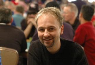 Покер, предрассудки и пост президента