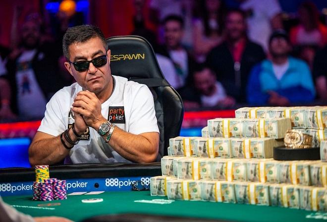 Хоссейн Энсан выиграл Главный турнир WSOP