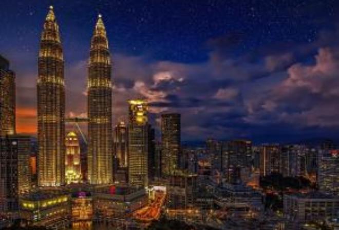 Малазийская полиция арестовала 247 членов китайской преступной группировки, занимавшейся организацией незаконных азартных игр