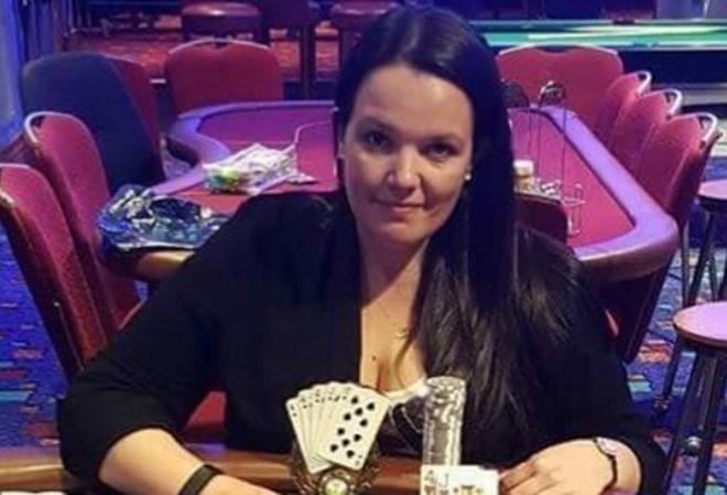 Профессиональная покеристка из Британии Эмма Фрайер погибла в автокатастрофе во время WSOPE