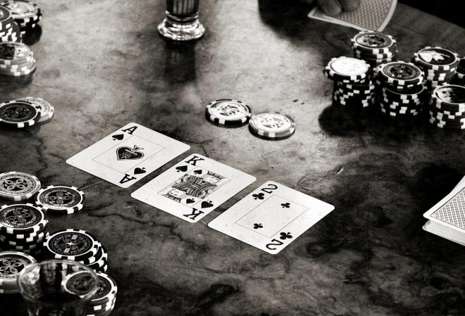 Три наиболее фундаментальных сценария на постфлопе в турнирном покере (Мэтью Хант)