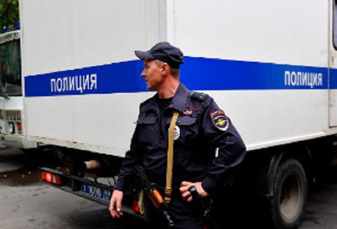 Российская полиция арестовала 100 человек в ходе облавы на подпольные игорные заведения