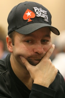 Негреану против Хашема: покер умер? Да здравствует покер!