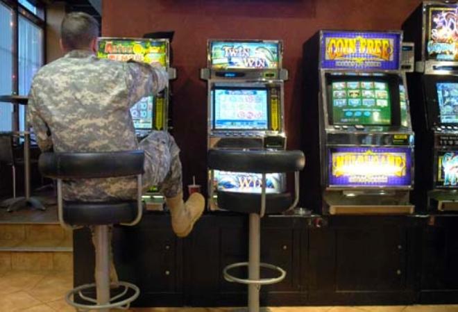 Играть игровые автоматы солдат плата от игрового автомата