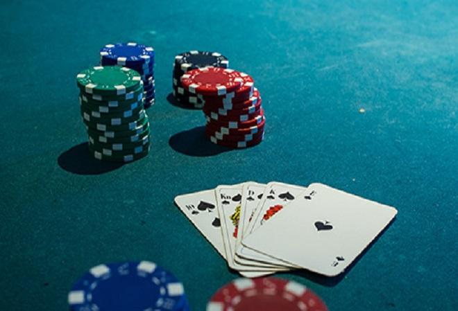 Caribbean Poker Party может пострадать из-за огромных оверлеев