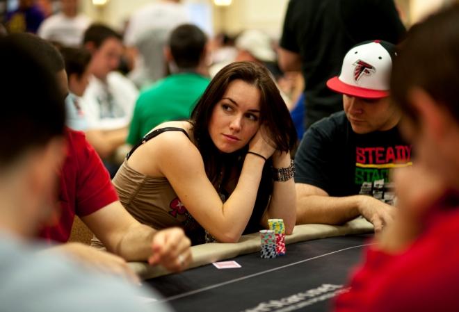 Лив Бори: имеют ли женские турниры право на существование?