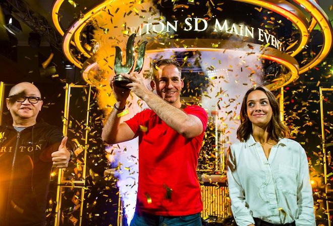 Джастин Бономо выиграл мэйн-ивент серии от Triton по покеру с короткой колодой за 100K и подумывает об уходе из покера