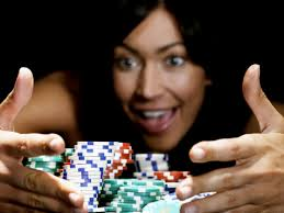 Учёные: шанс стать лудоманом, играя в онлайн-покер, невысок